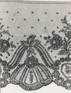 Lace Embroidery, Embroidery Patterns, Chantilly Lace, Lace Making, Bobbin Lace, Vintage Lace, Textiles, Flowers, Handmade