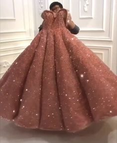 pink bling ball gown💗 - Source by quenconcrete - Xv Dresses, Prom Girl Dresses, Indian Gowns Dresses, Quince Dresses, Ball Gown Dresses, Disney Prom Dresses, Blush Prom Dress, Pageant Dresses, Pretty Quinceanera Dresses