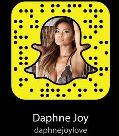 Snapchat Girl Usernames, Snapchat Codes, Snapchat Users, Snapchat Groups, Snapchat Girls, Famous People Snapchat, Popular Social Media Apps, Tinder Girls, Snap Girls