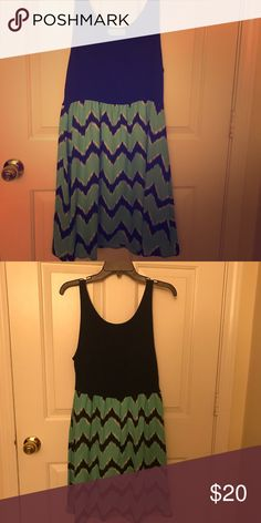 Super cute dress! Navy dress with navy and teal chevron bottom skirt! Dresses Midi