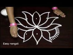 creative rangoli art designs for beginners with 5 dots * simple kolam designs with dots * muggulu Simple Rangoli Border Designs, Rangoli Borders, Rangoli Ideas, Rangoli Designs With Dots, Rangoli Designs Images, Rangoli Designs Diwali, Rangoli With Dots, Art Designs, Easy Rangoli