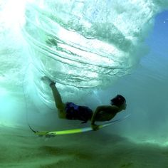 Life underneath. #underwater #nature #beautiful Photo: @morganmaassen