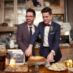 Cheesecake and Cookie Desserts   Weddings by Two   632 on Hudson   www.theknot.com