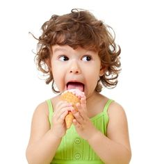 Tips for teaching your preschooler table manners