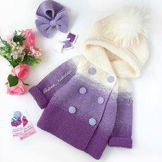 ⚜️Ещё один кардик и повязочка для маленькой модницы😊 - иностранки! ⚜️ Кардиганчик не продаётся, он связан на заказ, ориентировочные цены на кардики от 5000₽ и зависят от размера, количества цветовых переходов и меха #knittedsweater #knitcardigan #свяжукардиган #купитькардигандлядевочки Crochet Baby Jacket, Knit Baby Dress, Baby Girl Crochet, Crochet Baby Clothes, Knit Crochet, Baby Hats Knitting, Knitting For Kids, Crochet For Kids, Newborn Crochet Patterns