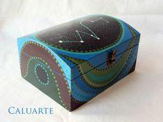 Caja de madera pintada a mano / Caluarte - Artesanio