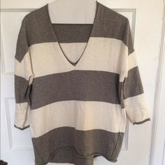 """Madewell. Boxy fit striped summer sweatshirt Super comfy sweater-sweatshirt. Longer in back. Slight pulling under 1 arm- pictured . Easy fix. 23"""" length of front, 26.5"""" length of back. Madewell Tops Sweatshirts & Hoodies"""