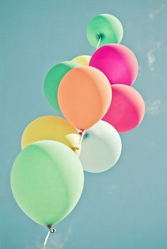 Balloon Mania - via JoyHey