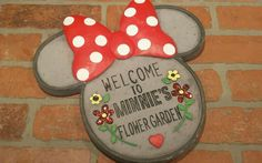 DISNEY MINNIE MOUSE STEPPING STONE WELCOME Red Polka Dot Bow GARDEN Decor RARE…