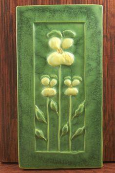 Arts Crafts Style Floral Tile Art Nouveau Tiles, Art Nouveau Design, Design Art, Art Deco, Vintage Tile, Vintage Pottery, Pottery Art, Craftsman Tile, Craftsman Decor