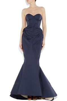 ZAC POSEN Bustier fishtail gown. #wedding dress