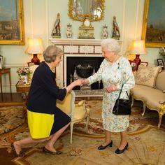 La reine Elizabeth a reçu Theresa May