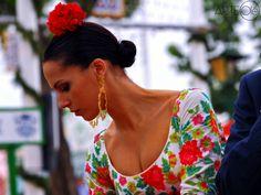 Tradiciones en la Feria de Abril. http://arteole.com/blog/tradiciones-en-la-feria-de-abril/