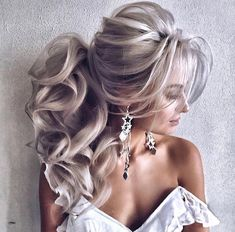 118 easy hairstyles for long hair – page 1 Ponytail Hairstyles, Cool Hairstyles, Caramel Blonde Hair, Hair Upstyles, Elegant Wedding Hair, Wedding Hair Inspiration, Wedding Hairstyles For Long Hair, Textured Hair, Gorgeous Hair