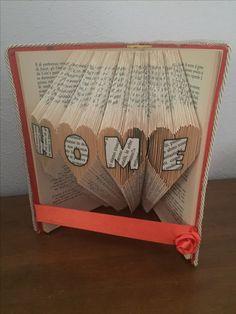 Libro piegato con tecnica Book folding HOME