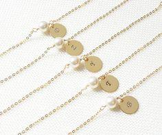 Perle et Bracelet initiale personnalisés  Bracelet en or