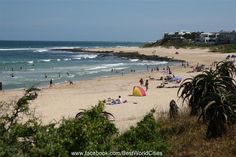Jeffrey's Bay: one of the best surfing beaches in the world, saw a huge dead jellyfish!