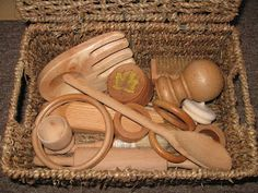 Baby Play : Discovery Baskets.