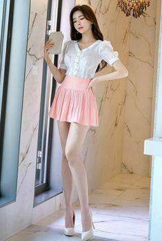 Asian Fashion, Retro Fashion, Girl Fashion, Korean Women Fashion, Fashion Vintage, 90s Fashion, Womens Fashion, Sexy Outfits, Stylish Outfits
