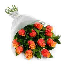 Shop2Guntur provides this beautifully arranged Orange Roses Bunch on this Rakhi Occassion & Surprise.