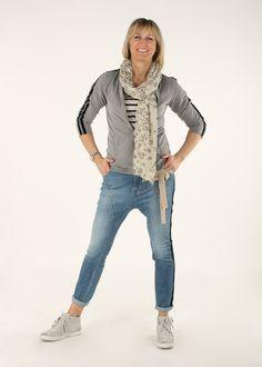 Stoere vrouwelijke kleding