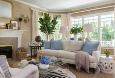 COTTAGE AND VINE: Monday Inspiration | Kate Jackson. I need to have that wall covering.