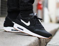 JUST LIFE STYLE™®: Nike Air Max 1 Essential Black Light Bone.