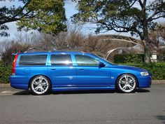 Volvo V70R Sonic Blue