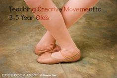 Here are ideas for teaching creative movement dance classes. #teachingballet #ballet #balletclass #creativemovement Toddler Ballet, Baby Ballet, Ballet Kids, Ballet Class, Ballet Dancers, Teach Dance, Dance Camp, Learn To Dance, Dance Wear