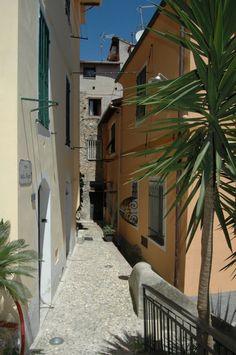 Ventimiglia (IM) Via della Torre