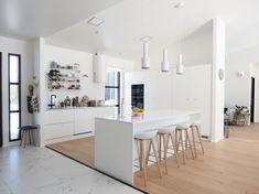 10 Inspiring Modern Kitchen Designs – My Life Spot Small House Interior Design, Interior Design Kitchen, Interior Decorating, Rustic Kitchen Lighting, Kitchen Ceiling Lights, Kitchen Furniture, Home Furniture, Kitchen White, Kitchen Small