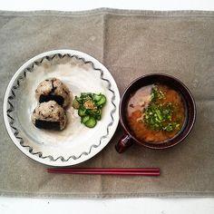 Breakfast | onigiri(konbu) & miso soup. | tomo kohsaka | Flickr