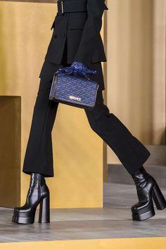 Runway Fashion, High Fashion, Fashion Shoes, Fashion Outfits, Womens Fashion, Milan Fashion, Aesthetic Shoes, Aesthetic Clothes, Versace Shoes