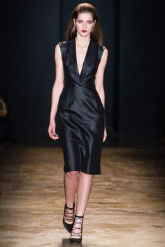 Cushnie et Ochs Fall 2013 Ready-to-Wear Collection Slideshow on Style.com