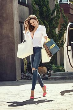 Miranda Kerr wearing Kurt Geiger London Bond Dorsay Leather Pump, Equipment Slim Signature Blouse in Bright White and Wonderbra T-Shirt Bra