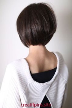 Short layered bob hairstyle is more attractive. We havecollected some layered bob hairstyle for you. You canbe release from your tension just a simple click. Don't avoid it. Short Bob Hairstyles 5 Short Layered Bob Hairstyles For You Growing Out Short Hair Styles, Short Hair Cuts, Curly Hair Styles, Dark Short Hair Styles, Short Bob Thick Hair, Bobs For Thick Hair, Bob Hair Cuts, Growing Out Fringe, Short Bob Cuts