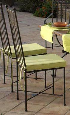 Silla mod. Niza, fabricado en forja de forma artesanal, se puede cambiar el color de la forja y tapizado