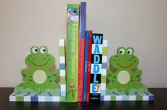 Frog bookends for nursery. So cute!