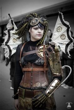 Steampunk Wings - I love this entire outfit!