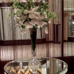 Art deco arrangement!!!! - one of my faves..... Thanks S for the opportunity to create your wedding flowers!!!! Best wishes! Xxoo