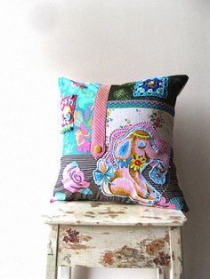add unique/bold pillows for a pop of color & style Elephant Cushion, Pink Elephant, Diy Cushion, Cushion Covers, Cover Pillow, Sewing Crafts, Sewing Projects, Memory Pillows, Owl Pillows