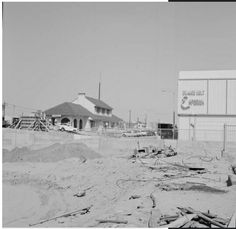 Gary underpass construction 1962. Look at the Orange Belt Emporium on the corner. Shopped there with my mom when I was about 5 yrs. Pomona, Ca. California Dreamin', Old Pictures, Corner, Construction, Belt, Mom, Orange, History, Outdoor
