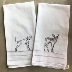 A coonhound and a baby deer- today is perfect. Free Motion Embroidery, Half Apron, Baby Deer, Dry Goods, Cotton Thread, Tea Towels, Leo, Art Projects, Pouch