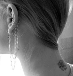 ear cuff with chains
