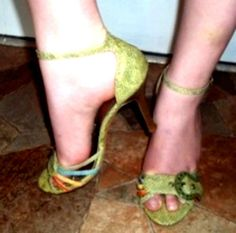 """SIZE 9 'SALLY' BY BERTINNI  4"""" HEELS SEXY SASSY ANKLE STRAPS DANCE WITH A FLAIR #BERTINNI #SALLYSTILETTOANKLESTRAP"""