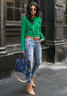 St Patty's Outfit Ideas six stylish st patricks day outfit ideas going green St Patty's Outfit Ideas. Here is St Patty's Outfit Ideas for you. St Patty's Outfit Ideas last. Green Sweater Outfit, Sweater Outfits, Casual Outfits, Kelly Green Sweater, Look Fashion, Fashion Outfits, Gucci Fashion, Looks Jeans, St Patrick's Day Outfit