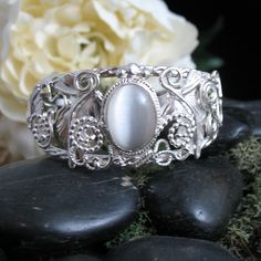 Celtic Nature Inspired Bracelet Cuffs, Ivy Leaves Bracelet Cuff, Ivy Vine Bracelet Designs at Camias Jewelry Designs