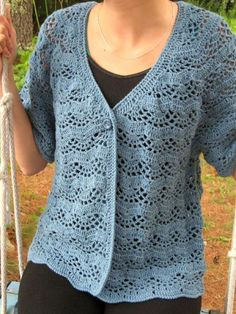 This special baby is my one-piece, top-down summer cardigan. In an attempt to please everyone, it can be made in bust sizes from with a variety of yarn thicknesses (DK through Fingering or Lace weight), and a variety of gauges. Crochet Cardigan Pattern, Crochet Jacket, Crochet Blouse, Easy Crochet, Knit Crochet, Tutorial Crochet, Crochet Winter, Crochet Tops, Crochet Baby