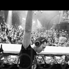 *Tijs Michiel Verwest*known as*Tiësto*is aDutch musician,DJ andrecord producer of electronic dance music.