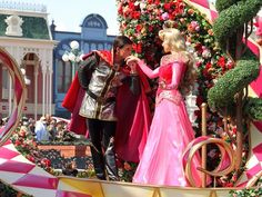 Princess Aurora&Prince Philip Disney Day, Disney Parks, Sleeping Beauty Characters, Disney Couples, Princess Aurora, Disney Costumes, Prince Philip, Bridesmaid Dresses, Wedding Dresses